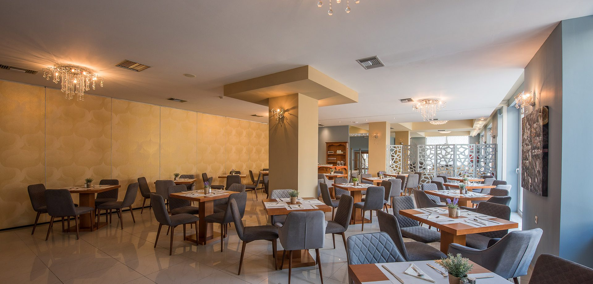hotelrestaurant3